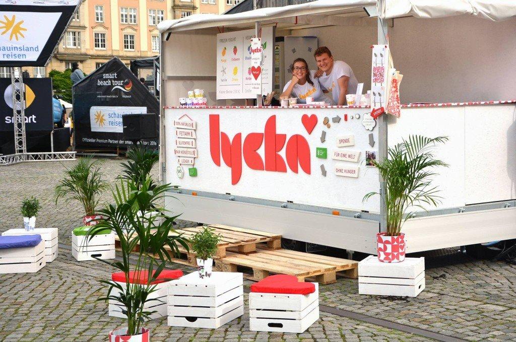 Smart Beach Tour in Dresden: Hier gibt's den leckeren Frozen Yoghurt von Lycka